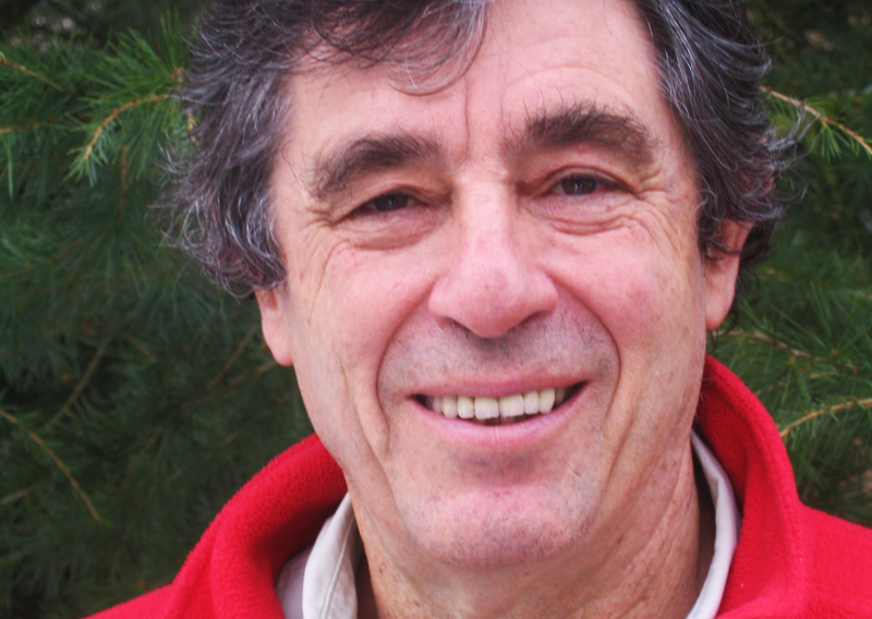 Jean-Loup Bertaux, responsable scientifique de SPICAV au LATMOS. Crédits : LATMOS.
